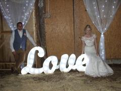 Top-Farm-Wedding-Norfolk-28